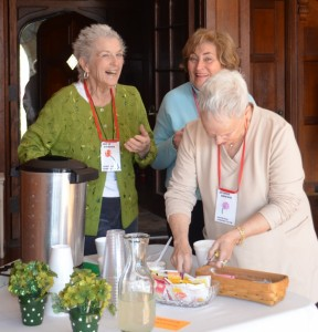Betsy, Jeanne & Gaye sharing a laugh!